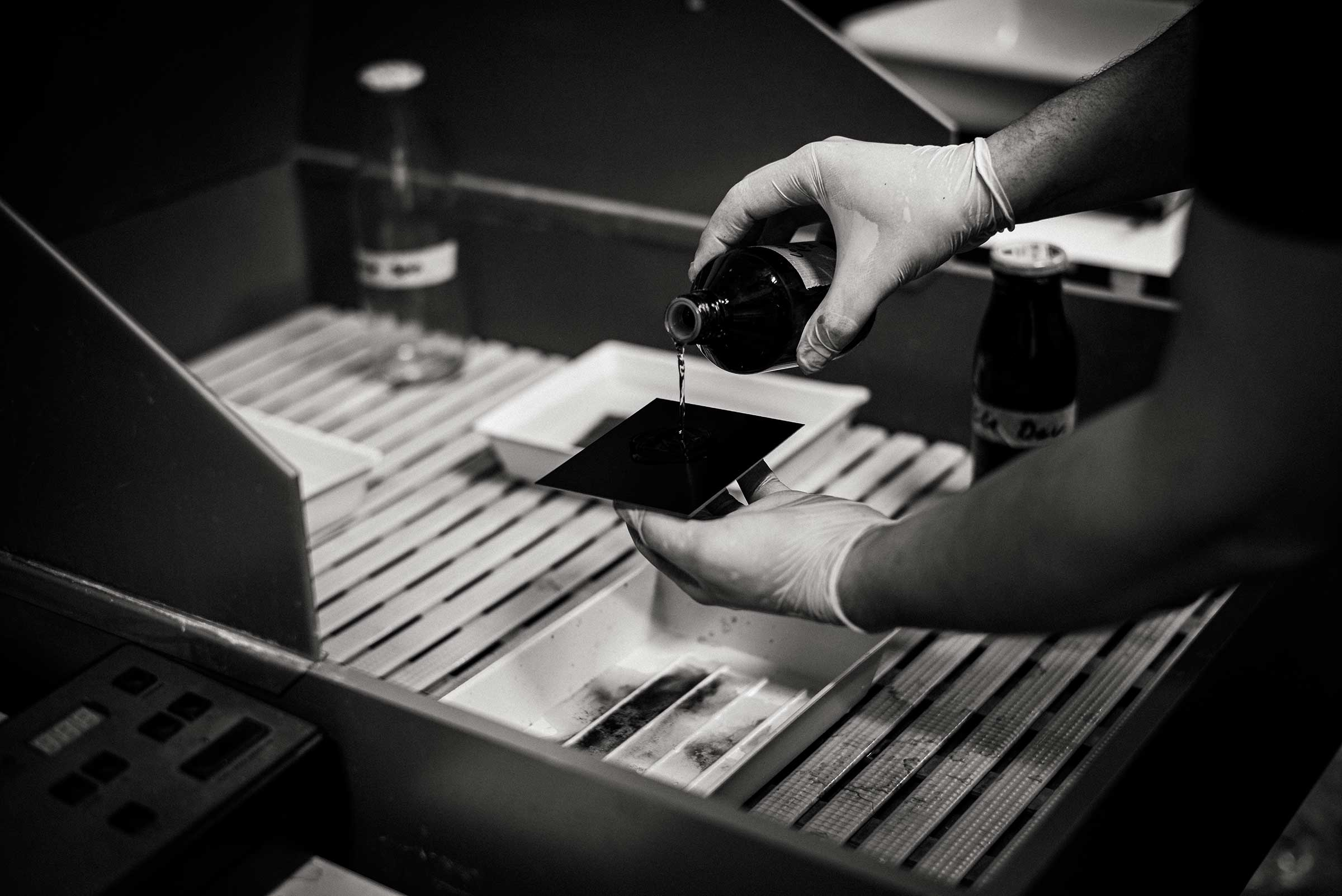 pouring collodion